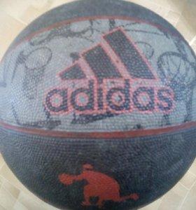 Баскетбольный мяч adidas