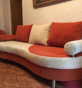 Диван в отличном состоянии + кресла
