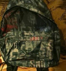 Рюкзак в школу новый