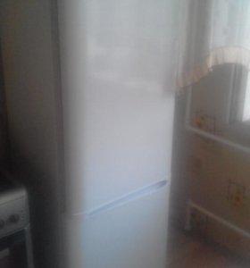 Продам холодильник Бирюса, торг