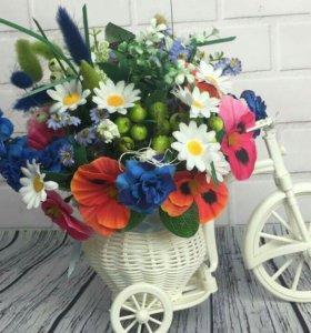 Велосипед цветочная композиция