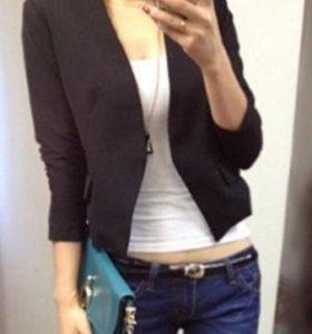 Пиджак черный. (42-44 размер)