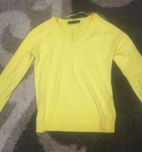желтая кофта,размер L