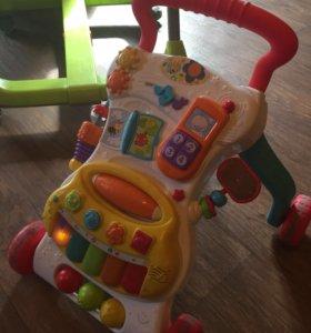 Ходунки-каталка и стульчик для кормления