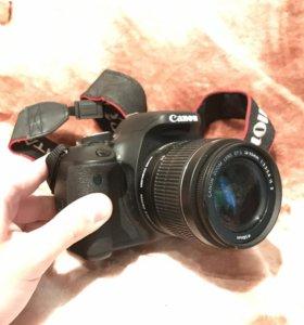 Canon EOS 600D EF-S Kit 18-55IS II