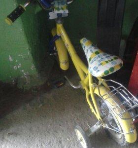 Детский велосипед от2,5-4,5лет