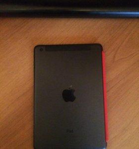 Продам iPad мини