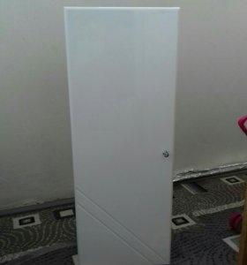 Подвесной шкаф в ванную