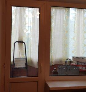 Окно с дверью