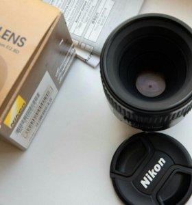 Nikon Nikkor 60mm Micro f/2.8D AF