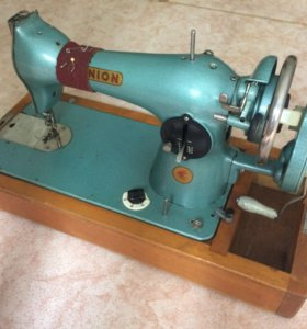 Советская швейная машинка. Union