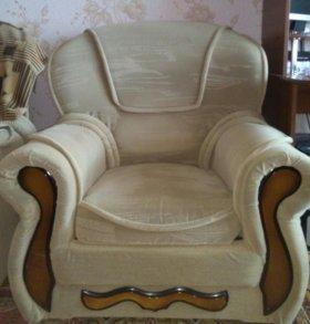 продаю диван и кресла (2)