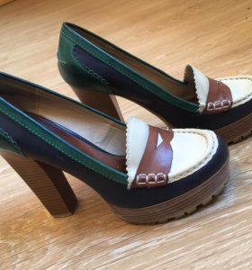 Женские стильные туфли MIA
