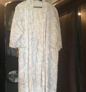 Новый купальный халат р.46-48 и полотенце