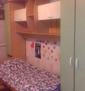 Шкаф , кровать , стол