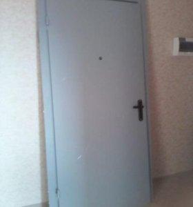 Мет. двери правые и левые.