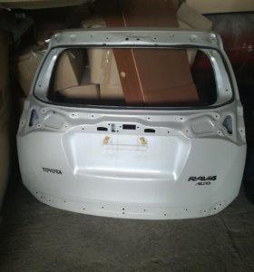 Тойота Рав 4 крышка багажника