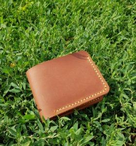 Бумажник из натуральной кожи ручной работы