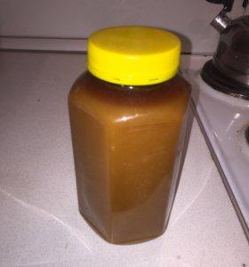 Натуральный Алтайский мёд.