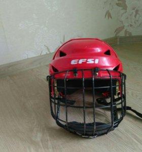 Хоккейный шлем игрока