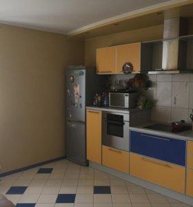 Квартира, 3 комнаты, 98 м²