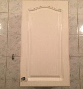 Шкафчик белый