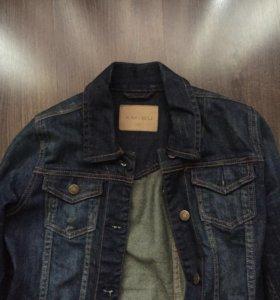 Джинсовая куртка новая на 42р