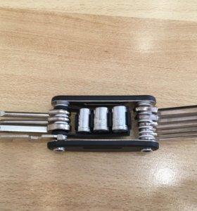 Набор ключей и отверток для велосипеда
