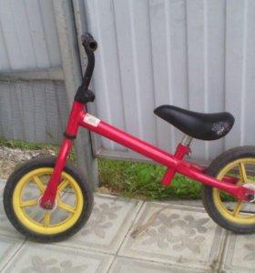 Велосипед (Беговел)