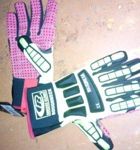 Противоударные перчатки
