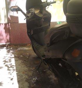 Китайский скутер 150 куб