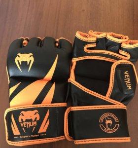 МMA перчатки Venum Challenger.
