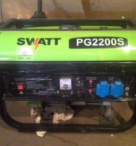 Бензоэлектрогенератор SWATT PG2200S 2,2кв