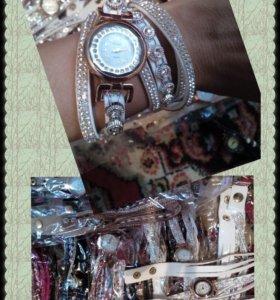 Часы- браслет! Распродажа !
