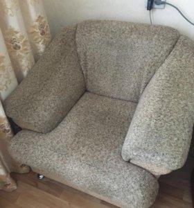 Мебель (2-кресла, 1-диван)