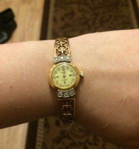 Часы Чайка с бриллиантами