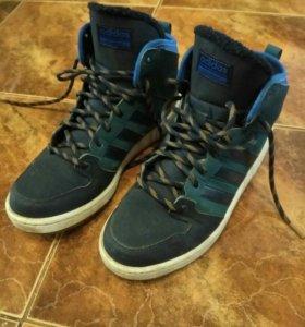 Зимние кроссовки Adidas р.41