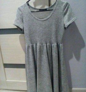 Платье, почти новое
