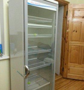Витриный холодильник для магазина