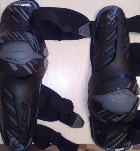 Новые наколенники Leatt Knee Guard Dual Axis