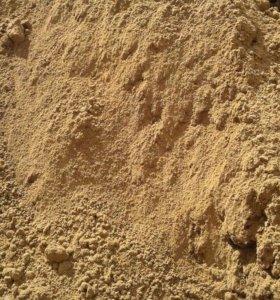 Продам песок карьерный ( сеяный, мытый)
