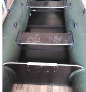 Лодка фрегат м280е