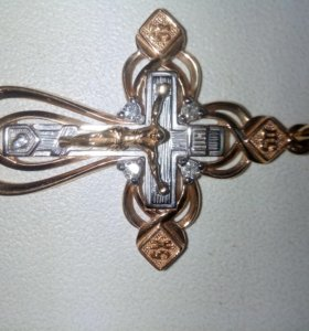 Крестик с бриллиантоми