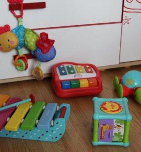Игрушки от 6 месяцев до 1 года