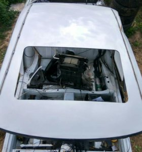 Крыша Мерседес w124 кузов 230белый цвет