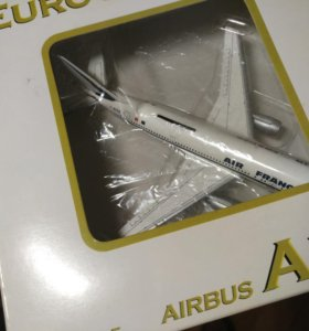 Модель самолета 1:400 Airbus A300 Air France