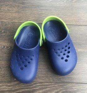 Обувь новые 26-27