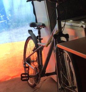 Комфортный хардтейл велосипед GT Nomad 1.0 2013