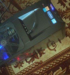 PC 4core i5 2500 GeForce570 RAM12Gb 120SSD+250HDD