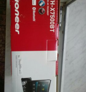 CD ресивер Pioneer AVH-X7500BT